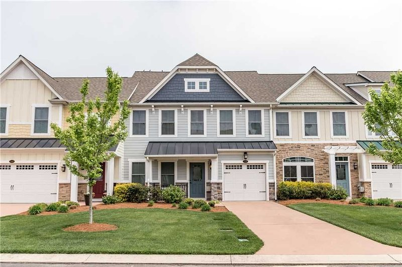24267 Blue Crab - BEAUTIFUL PENINSULA TOWNHOME!, holiday rental in Long Neck