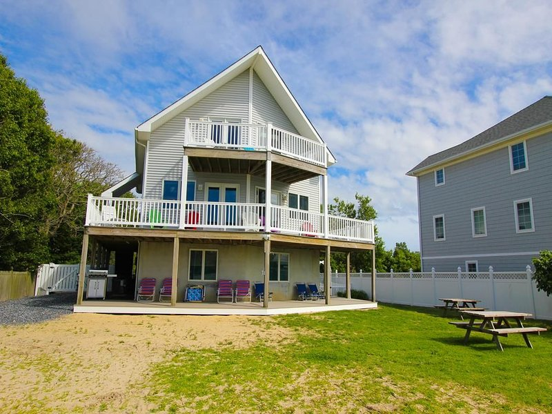 Beach Front. Panoramic Water Views. 15 Minutes to Cape May., holiday rental in Lower Township