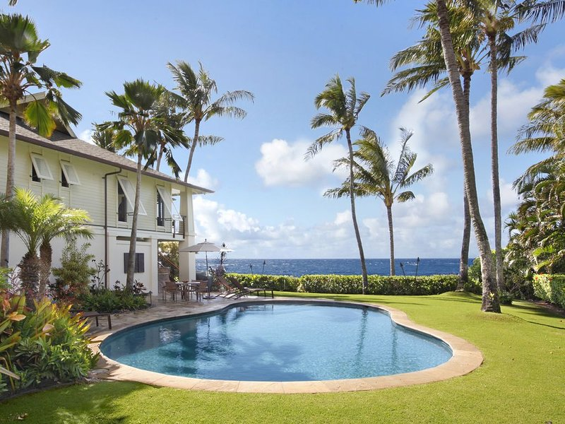 Hale A Kai: SPECTACULAR OCEANFRONT VIEWS & PRIVATE POOL & AC!, holiday rental in Kalaheo