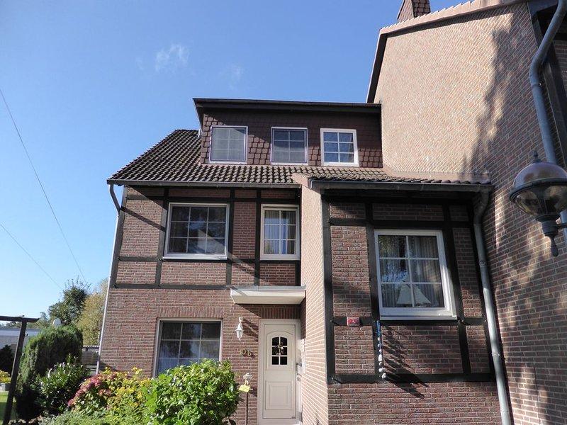 Ferienwohnung 54°Nord - groß und liebevoll eingerichtet in ruhiger Lage – semesterbostad i Cuxhaven