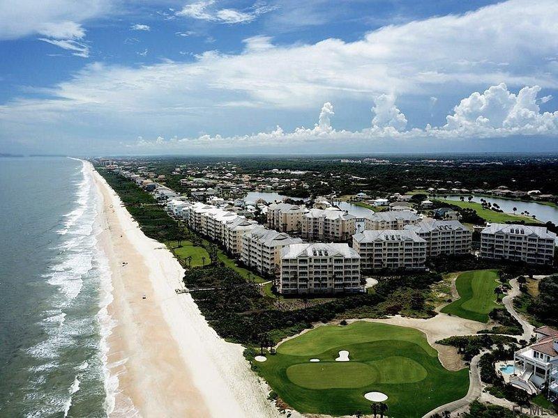 ATLANTIC OCEAN VIEWS OVERLOOKING THE 8th HOLE OCEAN GOLF COURSE 323 Cinnamon BCH, location de vacances à Palm Coast
