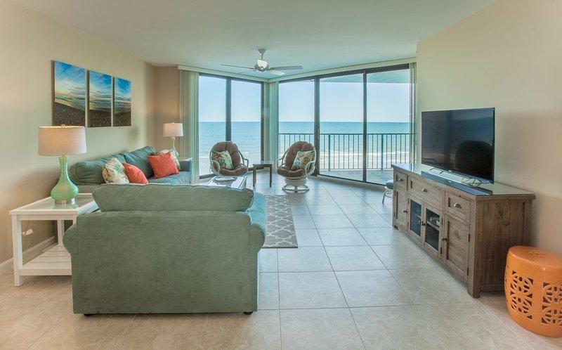 One Ocean Place - Fantastic Oceanfront condo in Garden City Beach, SC, location de vacances à Murrells Inlet