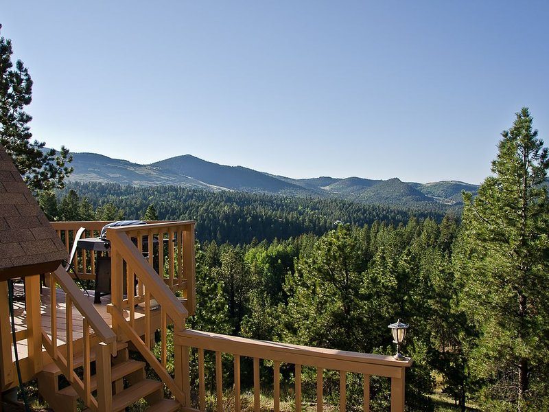 Cripple Creek Cabin With Fantastic Views And Hot Tub, holiday rental in Cripple Creek