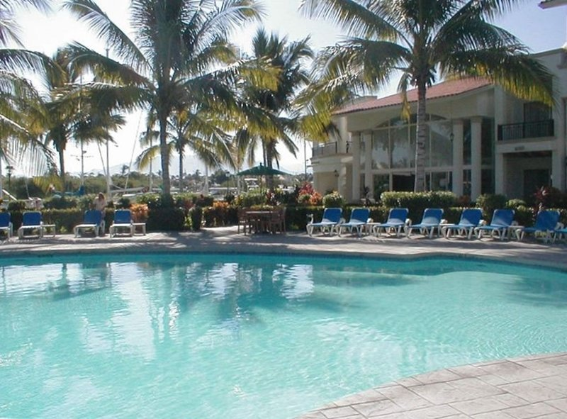 Reduced price! Xmas and NY still available!!!, location de vacances à Nuevo Vallarta