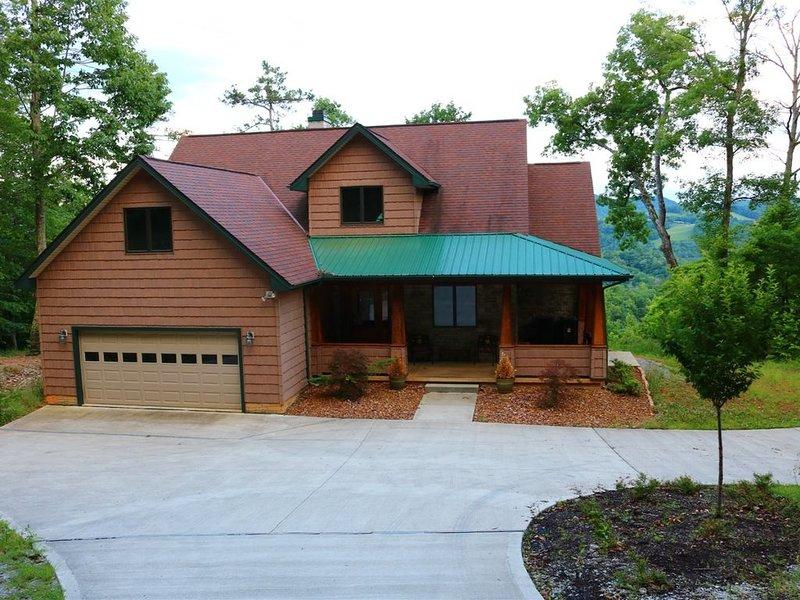 Vista Lael Lodge-Luxury Chalet Secluded Above Norris Lake, alquiler de vacaciones en Sharps Chapel