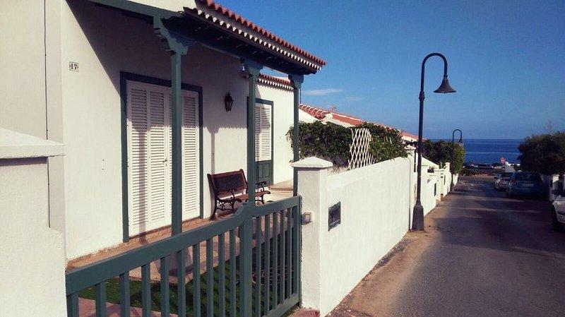 Bungalow Abades Tenerife Sur, vacation rental in San Miguel de Tajao