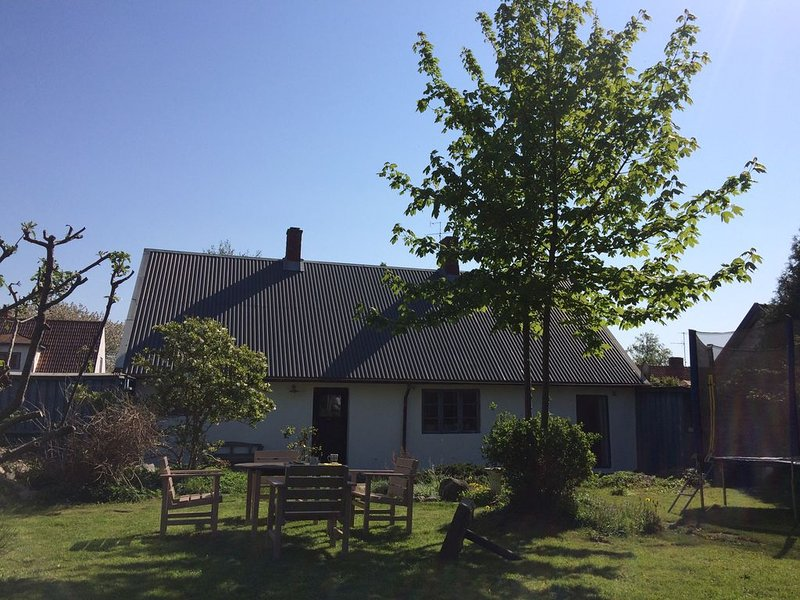 Liebevoll renoviertes Fischerhaus am Meer, vacation rental in Svedala
