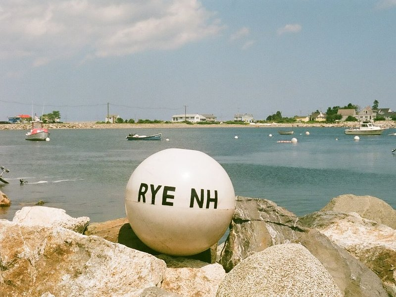 Rye harbor! Best Lobster Rolls in New England!great access to lots of activities