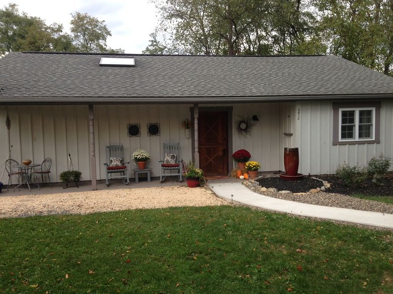 Charming Cottage Retreat. Dogs welcome!, location de vacances à Milton