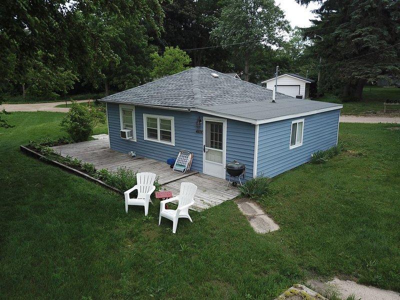 Cozy Cottage near Lake Michigan, alquiler de vacaciones en Watervliet
