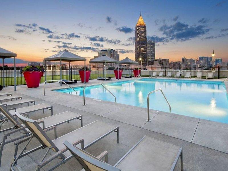 Luxury Midrise loft Downtown Atlanta, holiday rental in Atlanta
