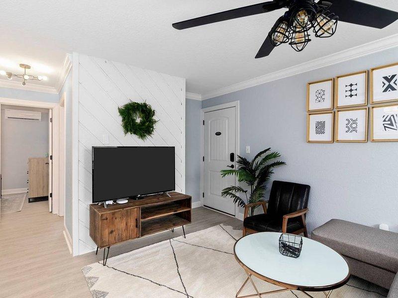 Sea Shack Harbor Suite, holiday rental in Norfolk