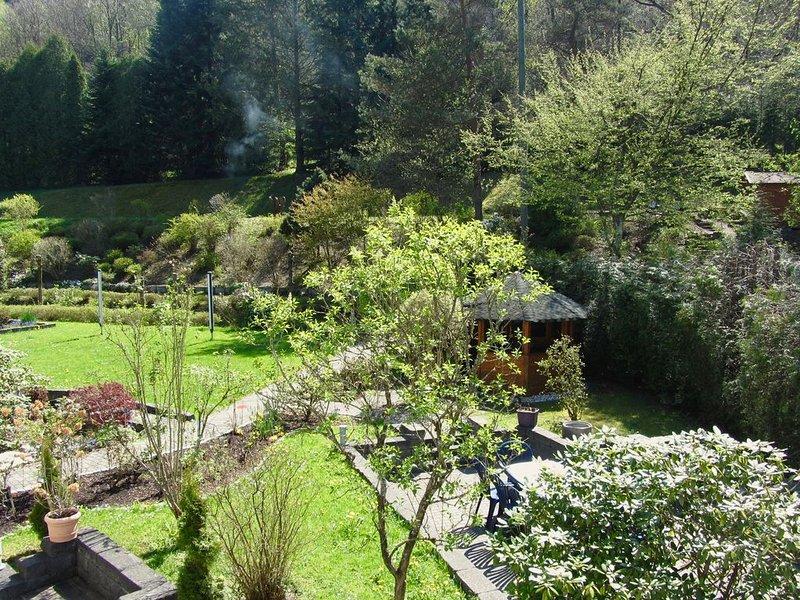 Ausspannen oder Sport treiben! 'Gästehaus zum Rothaarsteig' im Herzen der Natur!, vacation rental in Netphen
