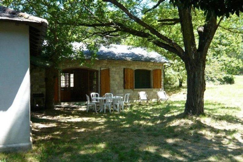 Au coeur des cévennes, maison indépendante, claire, calme et spacieuse, location de vacances à Saint Andre de Valborgne