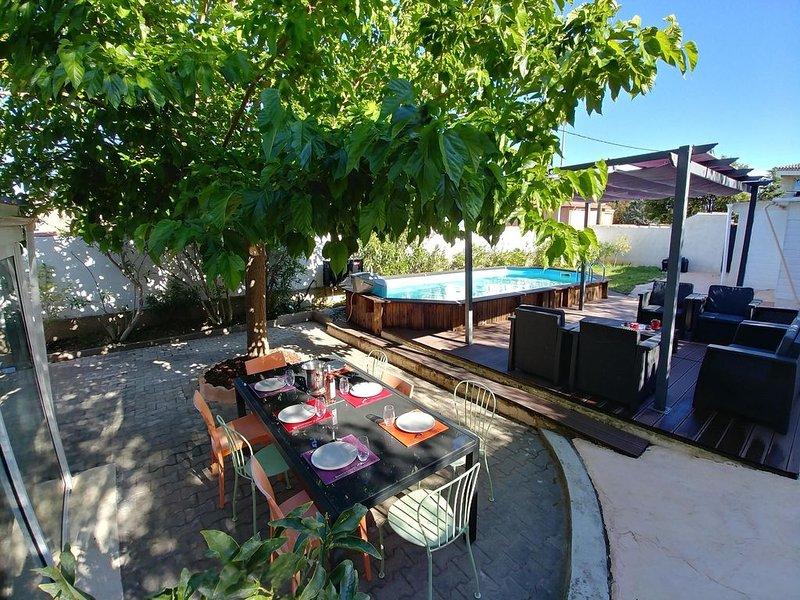 La Ciotat, villa entièrement rénovée vue mer avec piscine, vacation rental in Ceyreste