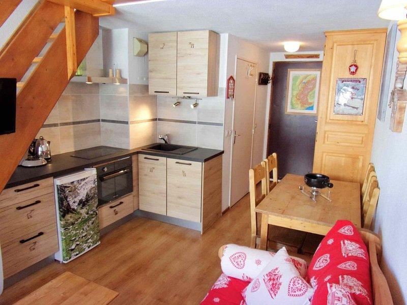 Duplex, 2 pièces + Cabine à Tignes, skis aux pied, quartier familial, holiday rental in Tignes