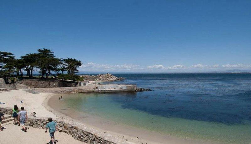 Lover's Point Oceanfront Townhome, alquiler vacacional en Seaside