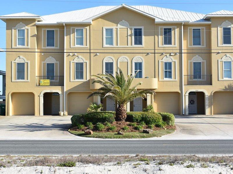 Amazing Oceanfront 4 Bedroom Townhouse, alquiler de vacaciones en Navarre