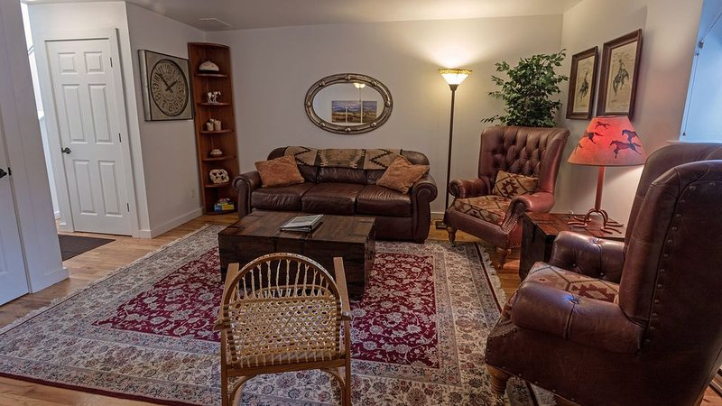 Historic Condo Centrally Located in Downtown Durango, vacation rental in Hesperus