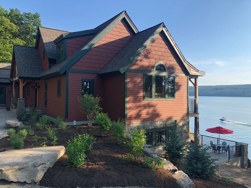 Newly built Lake Front Estate on Seneca lake in the heart of the Finger Lakes, vacation rental in Burdett
