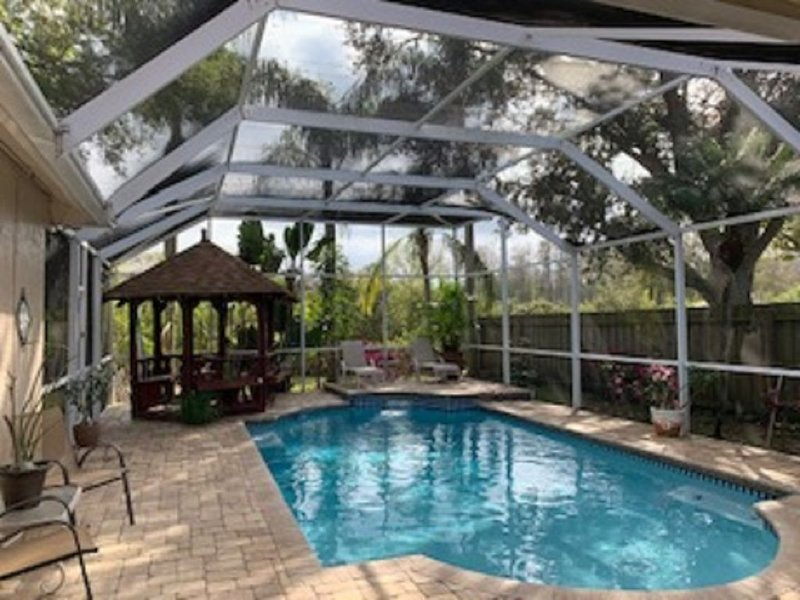 Luxury Pool home in Tampa Bay, FL   Avail Monthly rental for Jan 2021 & Feb 2021, holiday rental in Elfers