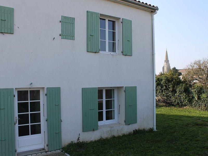 Maison idéale pour famille nombreuse, calme et espace assurés., holiday rental in Sainte Marie de Re