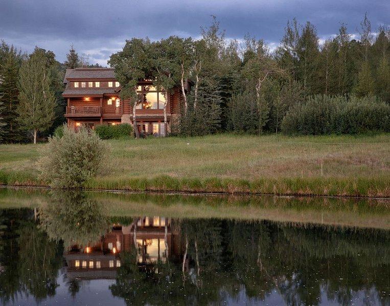 5 Bedroom Luxury Log Cabin at Teton Springs, aluguéis de temporada em Victor