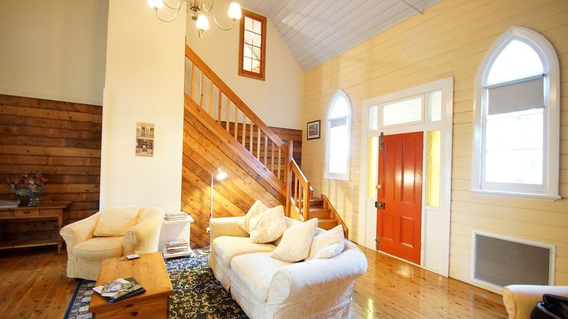 The Churches Boutique Accommodation, holiday rental in Mooroopna