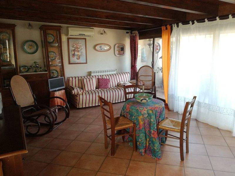 Appartamento tra il Golfo di Castellammare e 'Le vie del Vino', holiday rental in Alcamo