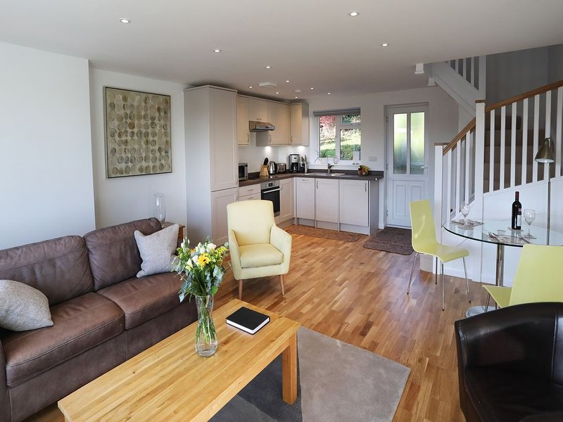 New purpose built, comfortable, one bed apartment walking distance of Marlow, holiday rental in Knowl Hill