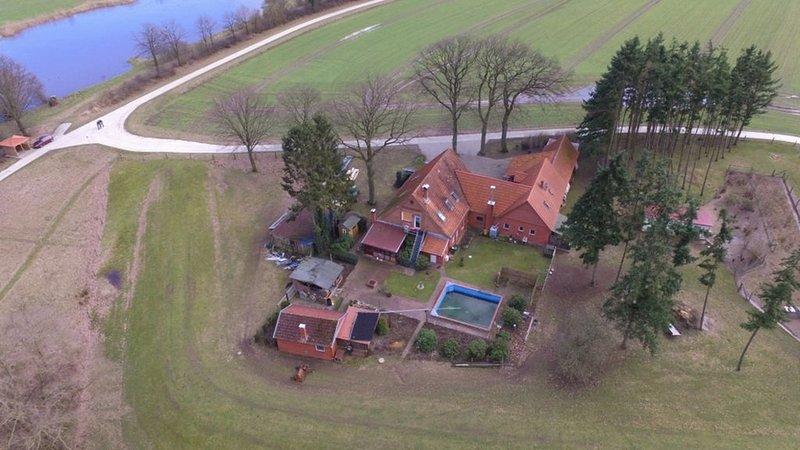 Die FeWo befindet sich in einem alleinstehendem Haus in sehr ruhiger Lage., location de vacances à Schwarmstedt