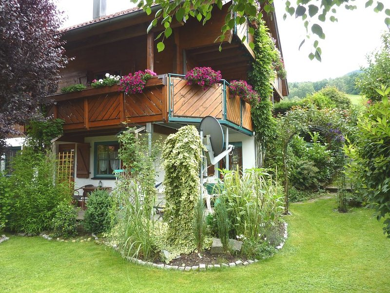 Ferienwohnung im Appartmentstil, location de vacances à Schweighausen