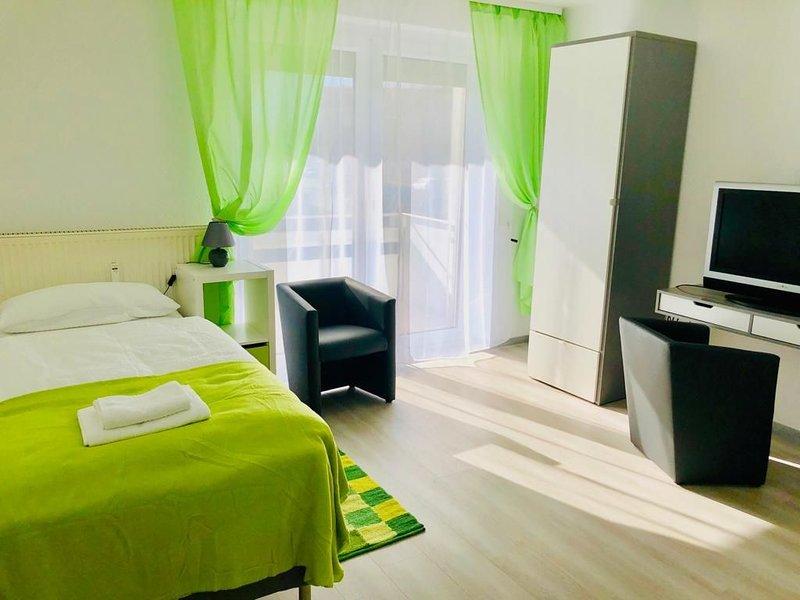 Apartment, 1 Zimmer Wohnung modern und neu renoviert, location de vacances à Braunschweig
