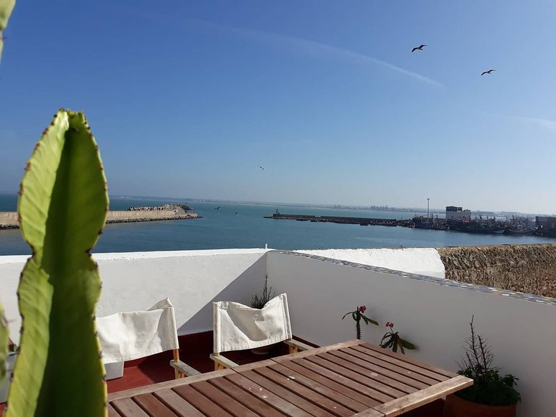 Maison Locale vue mer-Cité Portugaise, holiday rental in El Jadida