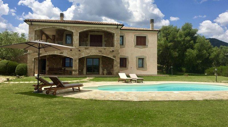 NOUVEAU!!! Villa de charme avec piscine, holiday rental in Monti