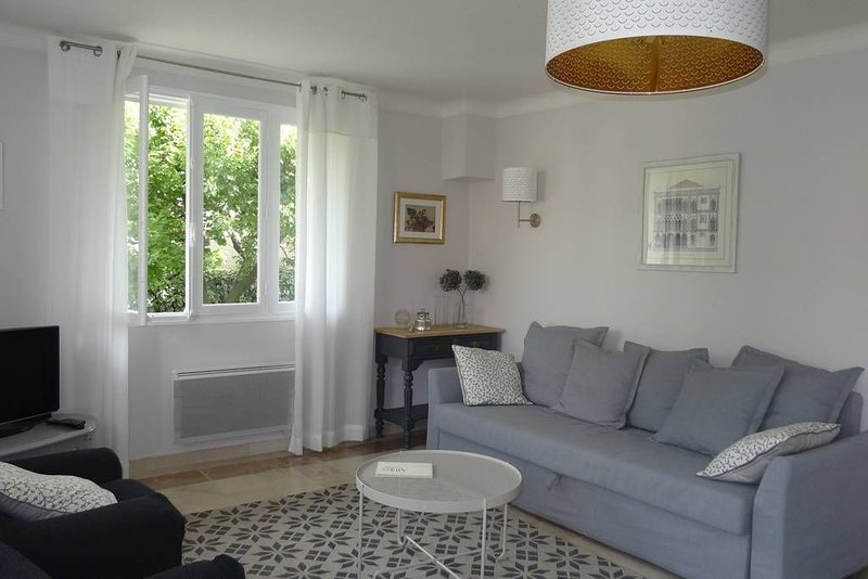 Appartement de charme avec jardin, alquiler de vacaciones en Nyons