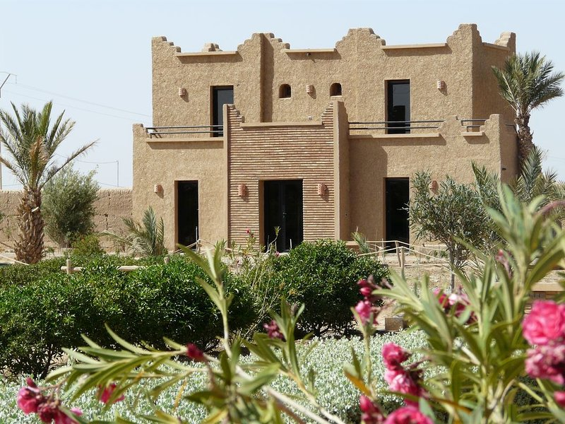 Villa Dar Beldi pour 2 à 8 personnes, casa vacanza a Rissani