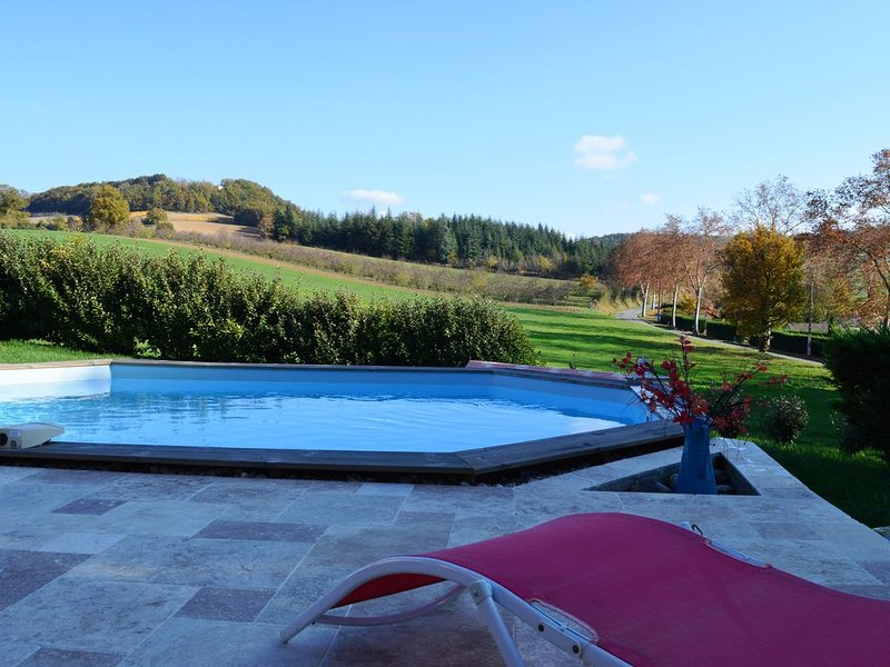 Maison de vacances dans le Quercy, vacation rental in Durfort-Lacapelette
