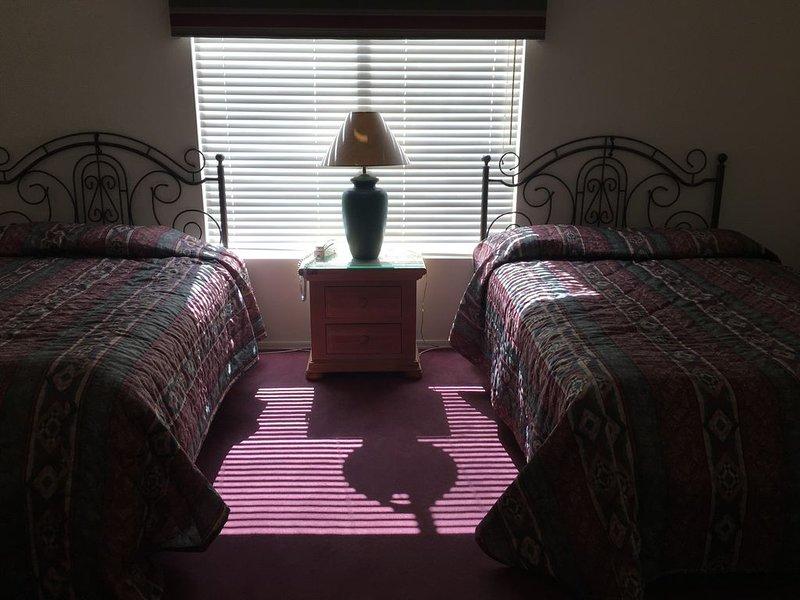 Spacious 2 bedroom, 2 bath Green Valley Suite, alquiler vacacional en Amado