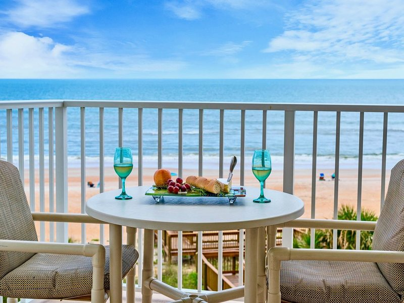 Sea Turtle Seawinds - Last minute rates, clean fresh air, no crowds on our beach, Ferienwohnung in Ormond Beach
