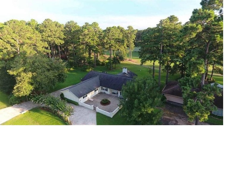 Black Squirrel House, casa vacanza a Bronson