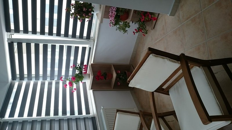 Deluxe Apartament Mamaia Constanta.This property is 1 minute walk from the beach, holiday rental in Eforie Nord