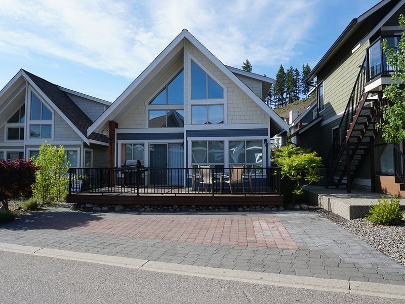 Perfect for Small Family, close to pool, park, hot tub, mini golf, and store, vakantiewoning in South Fintry
