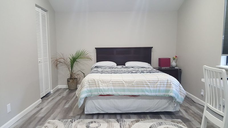 2 Rooms,1 Bathroom, Kitchen_Stanford, Palo Alto, holiday rental in Union City