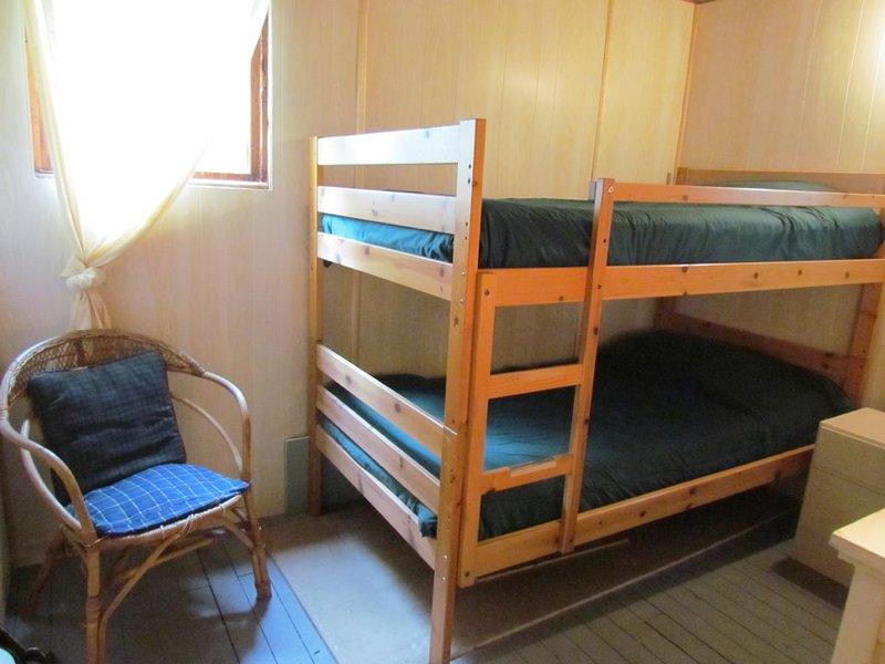 Chambre 3 avec lits superposés