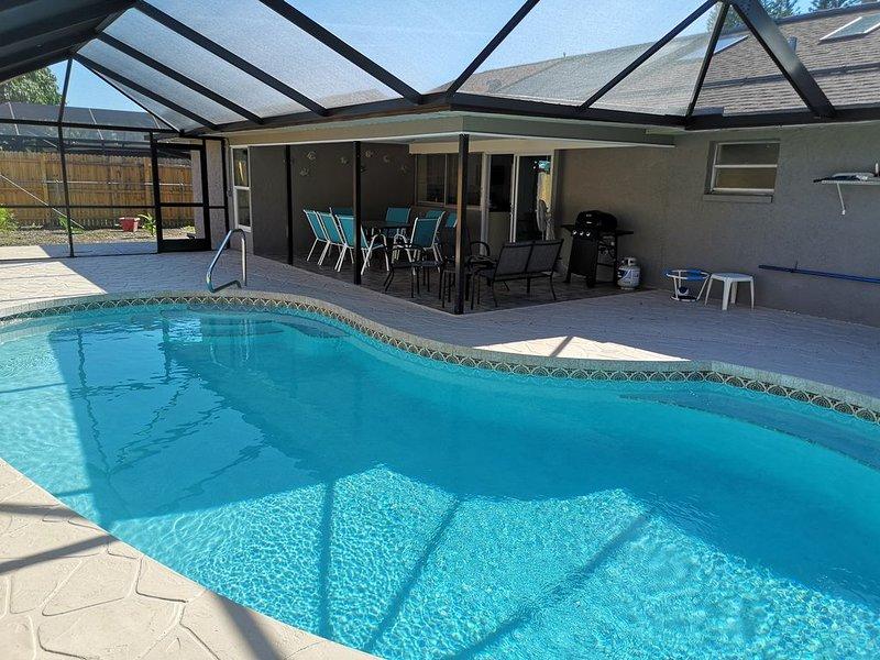 4BR Remodeled Heated Pool Home, Bradenton, 6mil. to Anna Maria Beaches, alquiler de vacaciones en Palma Sola