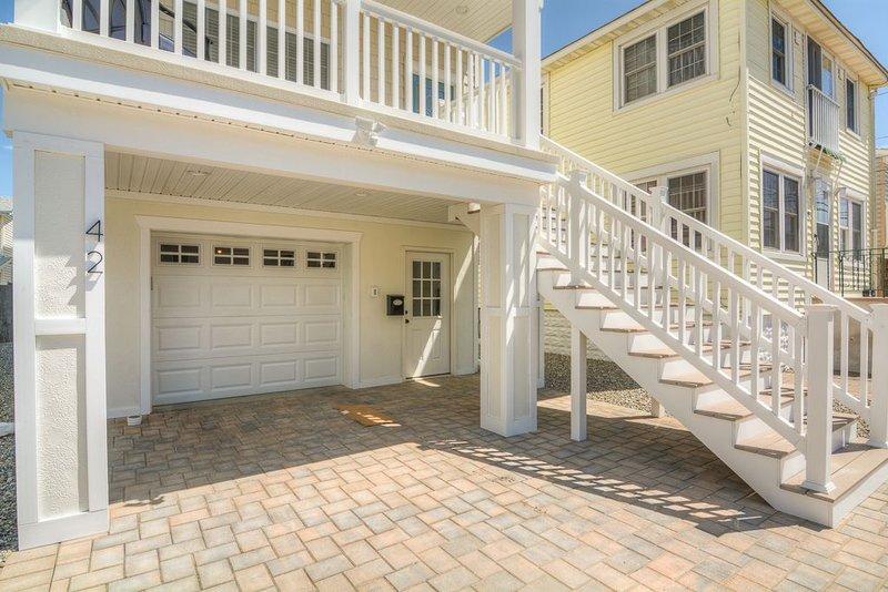 Brand New!! Perfect Family Friendly!! 4 Bed 3 Bath, Beach Block, alquiler de vacaciones en Seaside Heights