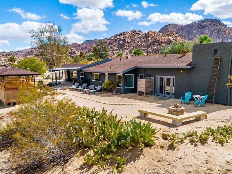 High Desert Luxury Retreat, vacation rental in Joshua Tree