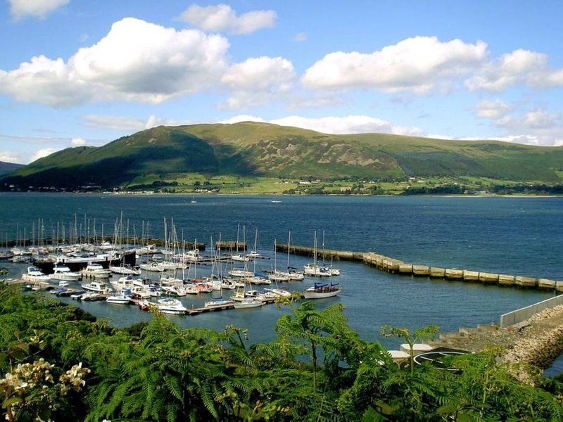 Apartment 1 - Carlingford Marina, holiday rental in Meigh
