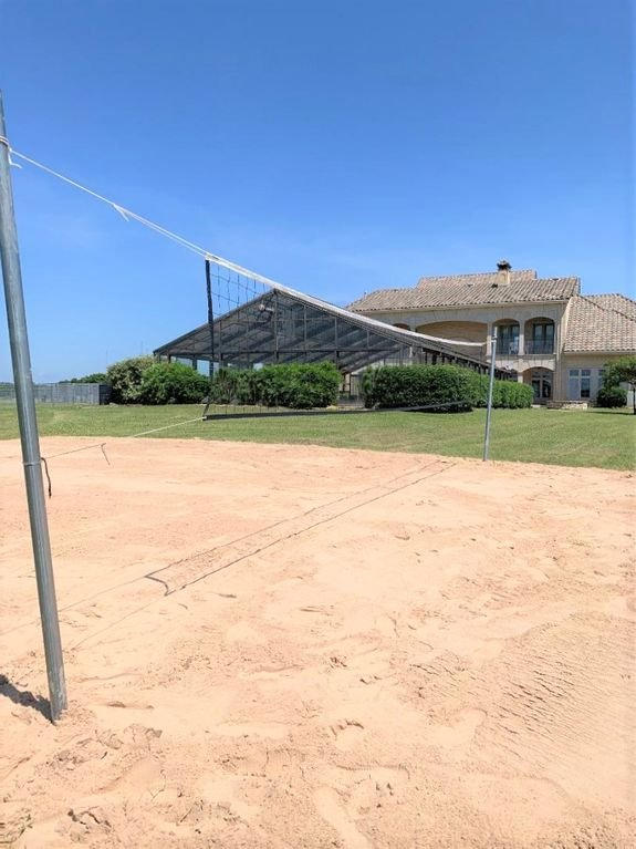 Volleyball at clubhouse  *ask for availability